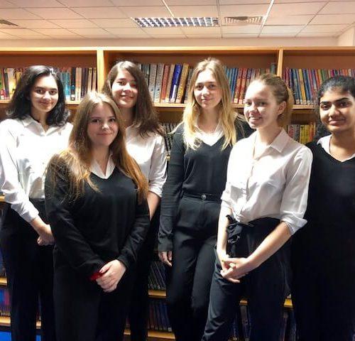 Yr12 IB Students